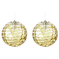 Exceptional Pair of Murano Glass Pendant Lights Venini Style, 1960s