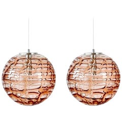 Exceptional Pair of Pink Murano Glass Pendant Lights Venini Style, 1960s