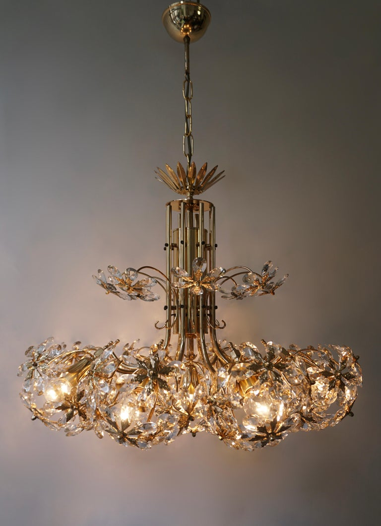 Hollywood Regency Exceptional Palwa Gilt Brass Crystal Glass Flower Ball Chandelier, circa 1970 For Sale