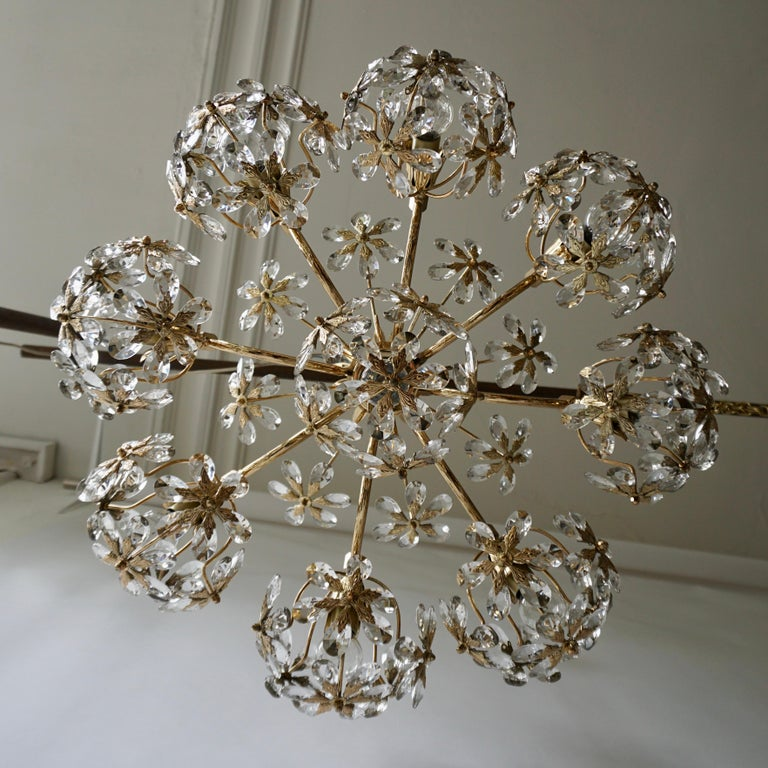 Exceptional Palwa Gilt Brass Crystal Glass Flower Ball Chandelier, circa 1970 For Sale 1