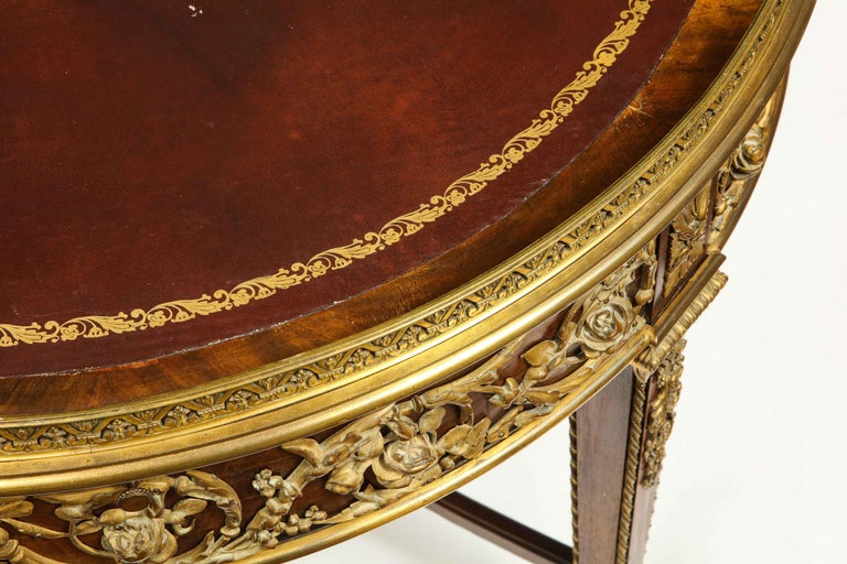 Exceptional Quality French Ormolu-Mounted Mahogany Center Table, Attrib F. Linke For Sale 6