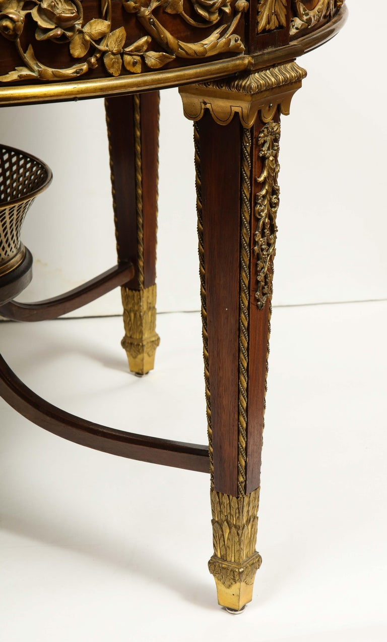Exceptional Quality French Ormolu-Mounted Mahogany Center Table, Attrib F. Linke For Sale 2