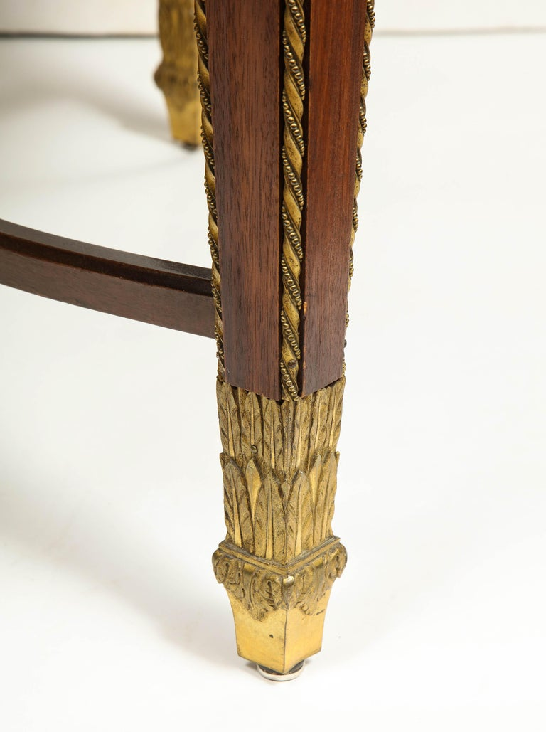 Exceptional Quality French Ormolu-Mounted Mahogany Center Table, Attrib F. Linke For Sale 3