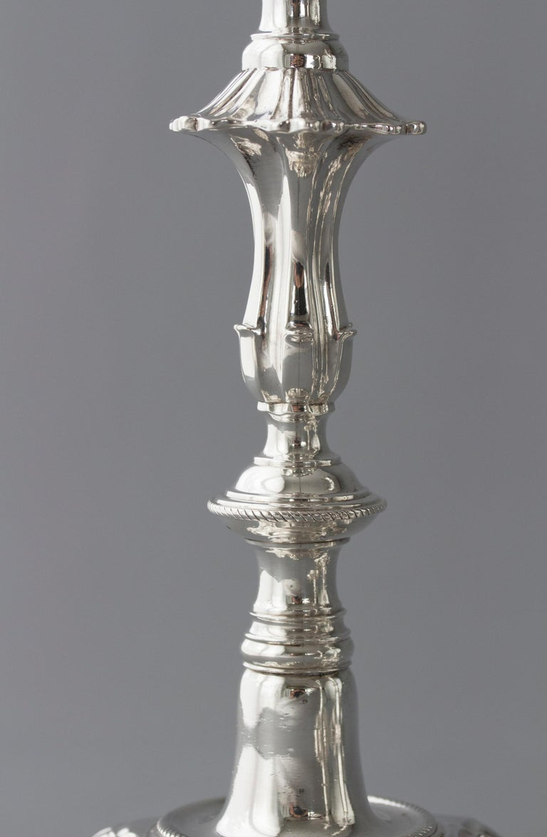 Exceptional Set of Four Silver Candlesticks London 1757 by William Cafe For Sale 4