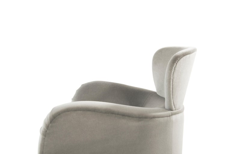 Exceptional Set of Wingback Swivel Chairs on Rosewood by Vladimir Kagan 1