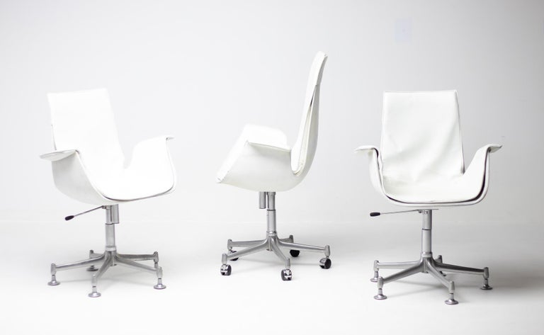 Exceptional Set Three FK 6727 Bird Chairs by Fabricius & Kastholm for Kill For Sale 6