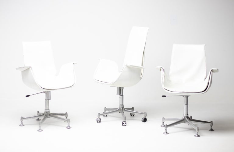 Exceptional Set Three FK 6727 Bird Chairs by Fabricius & Kastholm for Kill In Good Condition For Sale In Dronten, NL