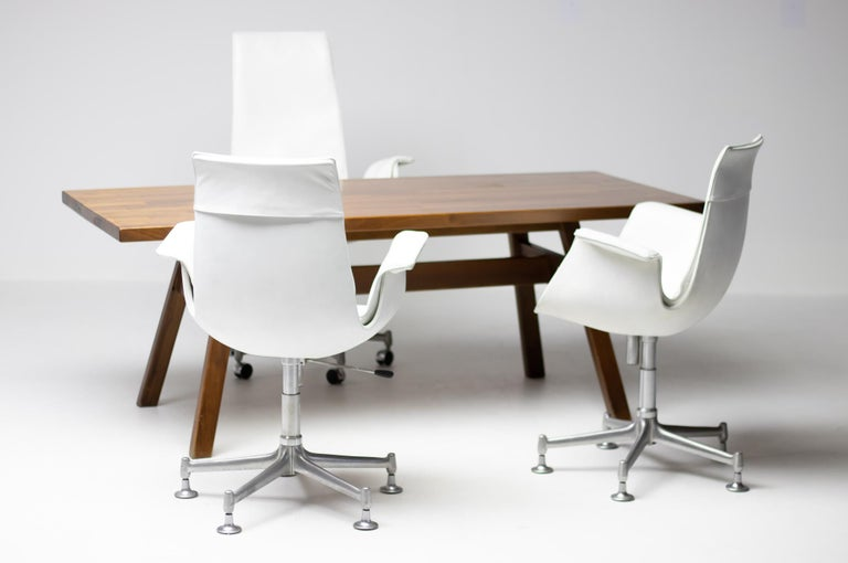 Exceptional Set Three FK 6727 Bird Chairs by Fabricius & Kastholm for Kill For Sale 2