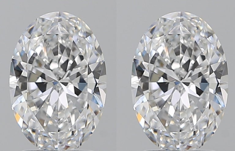 Women's or Men's Exceptional Type 2A and Flawless GIA Certified 4 Carat Oval Cut Diamond Studs For Sale