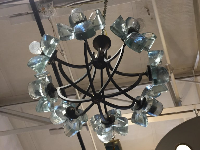 Mid-20th Century Exceptionally Rare Glass Daisy Chandelier For Sale