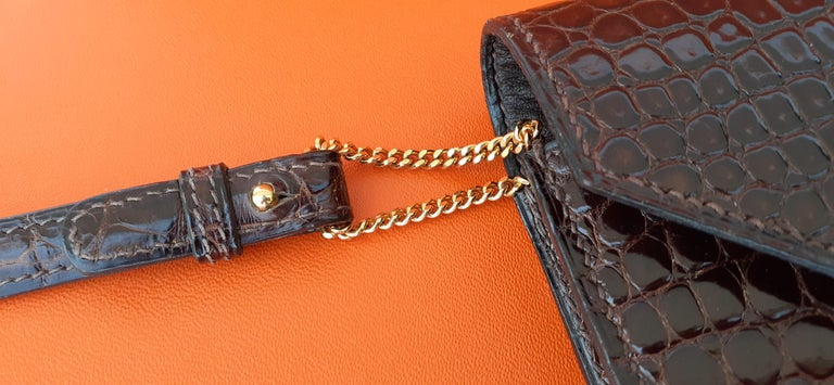 Exceptionnal Hermès Lydie Bag Clutch Brown Crocodile and Matching Card Holder For Sale 6