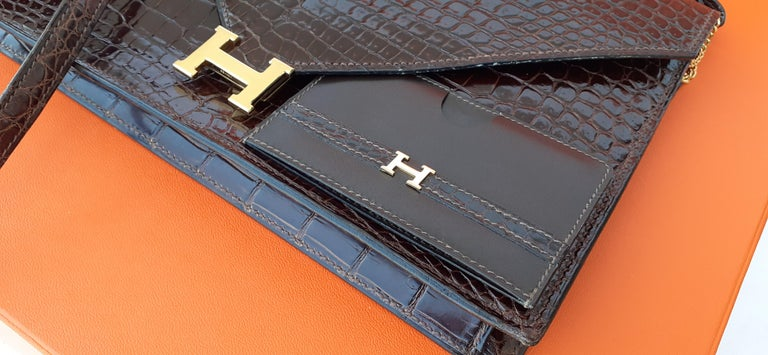 Exceptionnal Hermès Lydie Bag Clutch Brown Crocodile and Matching Card Holder For Sale 12