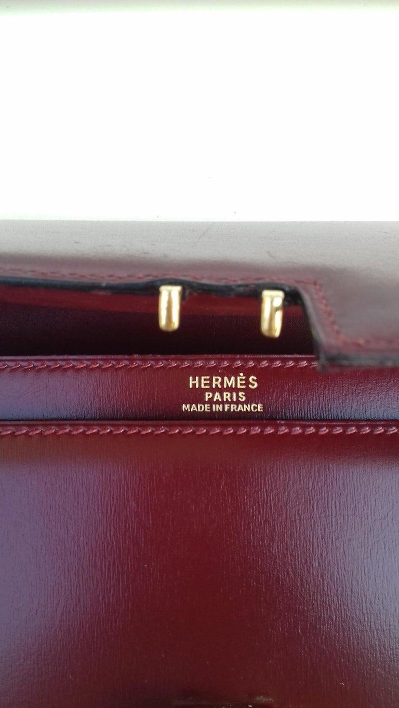 Exceptionnal Rare Vintage Hermès Padlock Purse Clutch Bag Burgundy Leather Ghw For Sale 7
