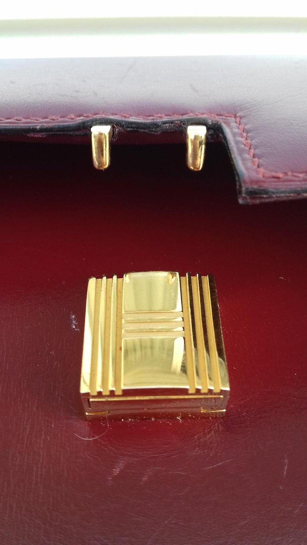 Exceptionnal Rare Vintage Hermès Padlock Purse Clutch Bag Burgundy Leather Ghw For Sale 8