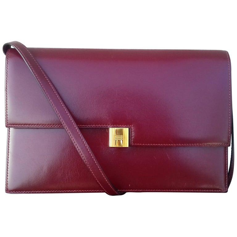 Exceptionnal Rare Vintage Hermès Padlock Purse Clutch Bag Burgundy Leather Ghw For Sale