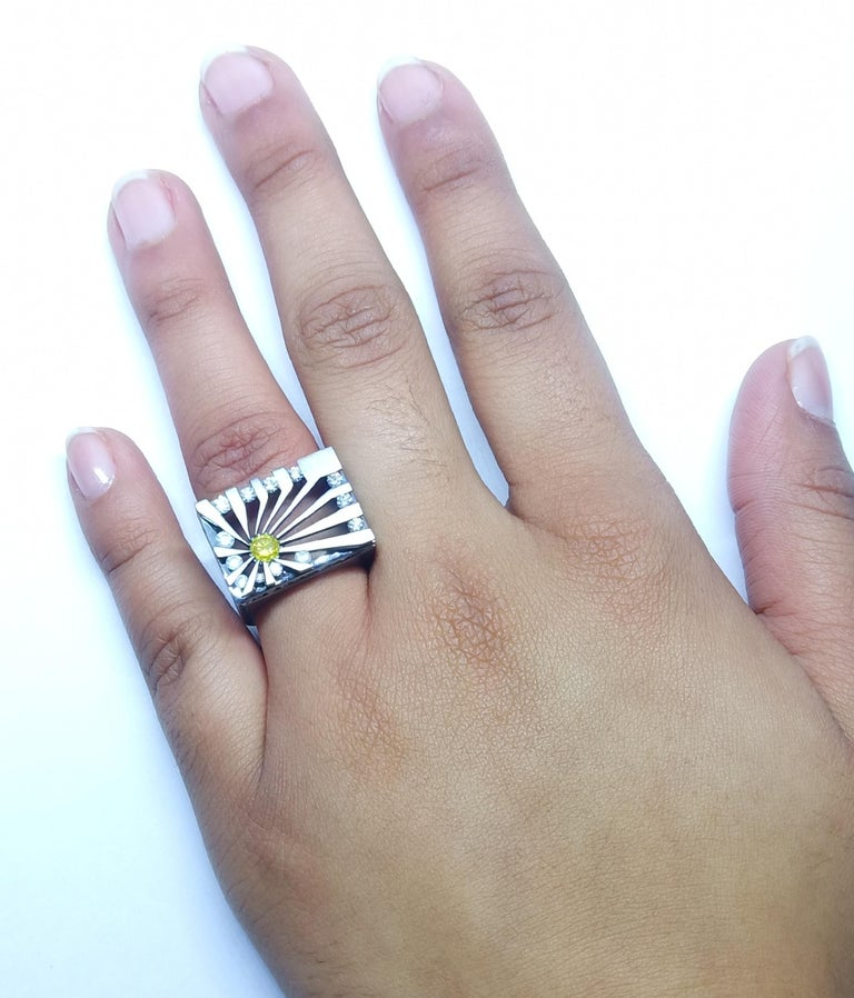 Exceptions Exult with Colored Diamond One of a Kind Black Gold Cocktail Ring For Sale 4