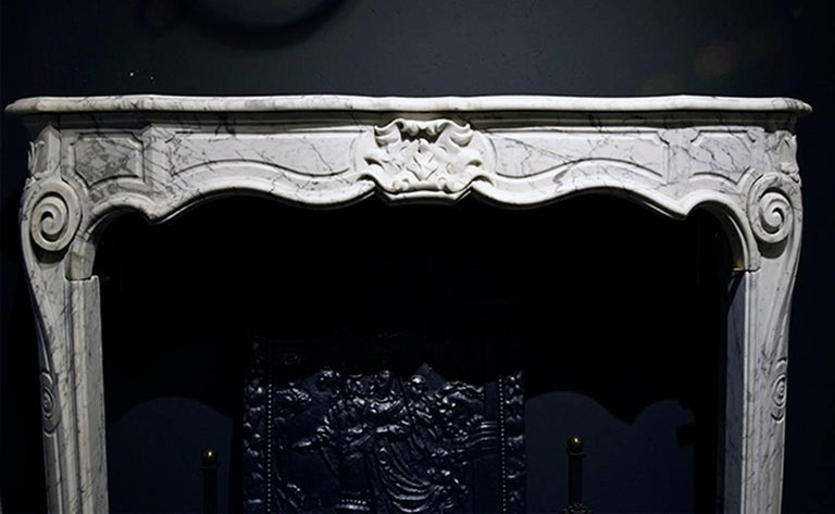 Exclusive Antique Marble Fireplace Louis XV Mantel 19th Century In Good Condition For Sale In Udenhout, NL