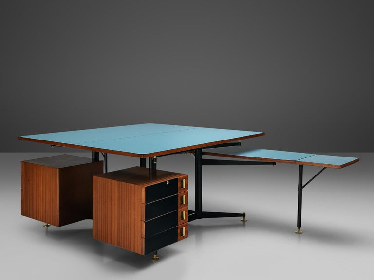 20th Century Exclusive Italian Double Desk in Italian Walnut For Sale