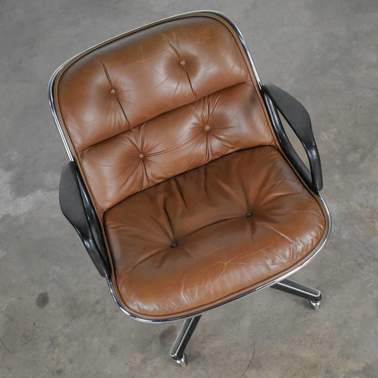 Executive Armchair by Charles Pollock for Knoll Brown Leather with 4 Prong Base For Sale 3