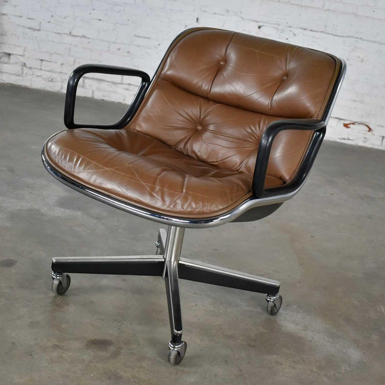 American Executive Armchair by Charles Pollock for Knoll Brown Leather with 4 Prong Base For Sale