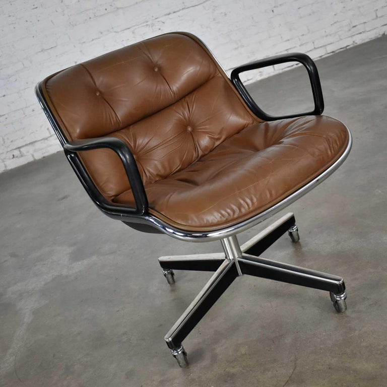 Executive Armchair by Charles Pollock for Knoll Brown Leather with 4 Prong Base In Good Condition For Sale In Topeka, KS
