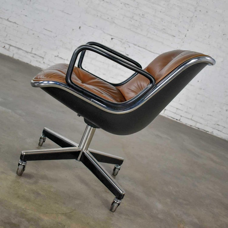 20th Century Executive Armchair by Charles Pollock for Knoll Brown Leather with 4 Prong Base For Sale