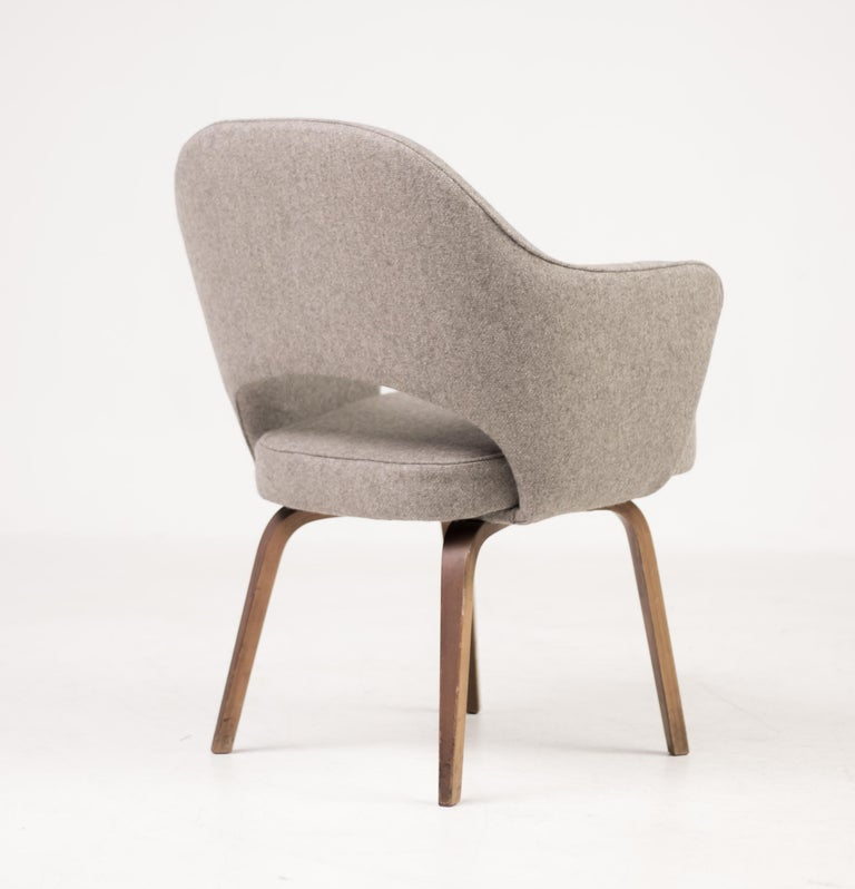 Executive Armchair in Leather by Eero Saarinen for Knoll ...