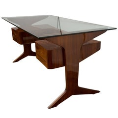 Executive Italian Desk