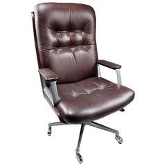 Executive Office High Back Chair by Osvaldo Borsani for Tecno, Italy, 1972