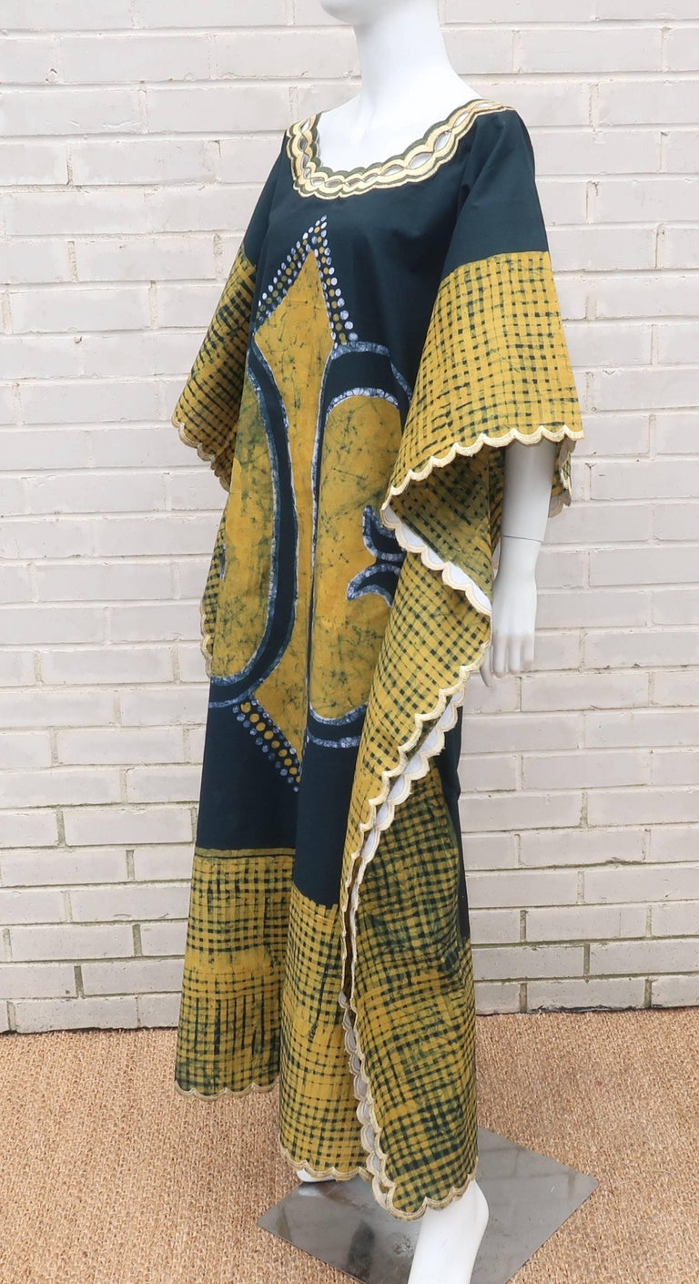 Blue and Yellow Vintage Batik Caftan Lounger For Sale 2