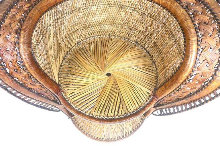 Rare Wicker Throne Peacock Chairs Medallion Back, Hollywood Glam For Sale 2