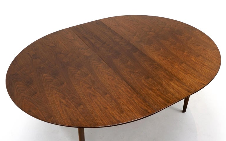 Expandable Dining Table by Edward Wormley for Dunbar, Almost Round to Oval In Good Condition For Sale In Kansas City, MO