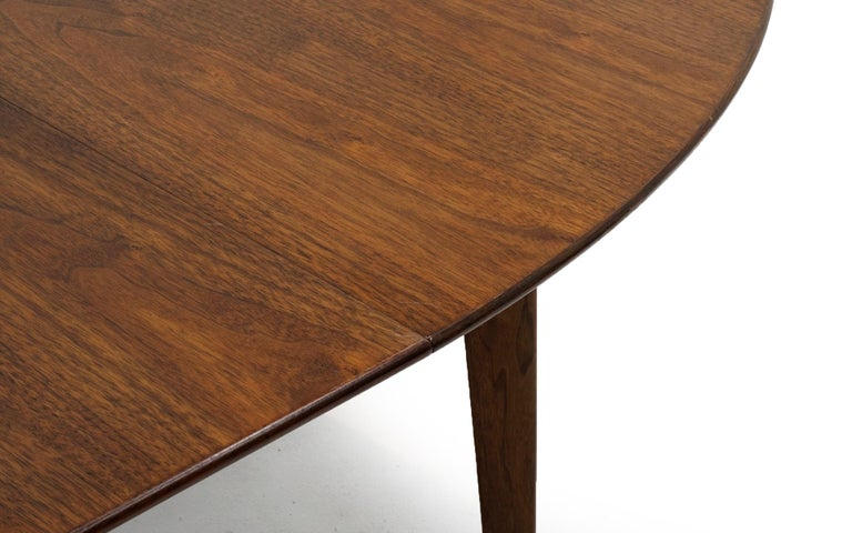 Expandable Dining Table by Edward Wormley for Dunbar, Almost Round to Oval For Sale 1