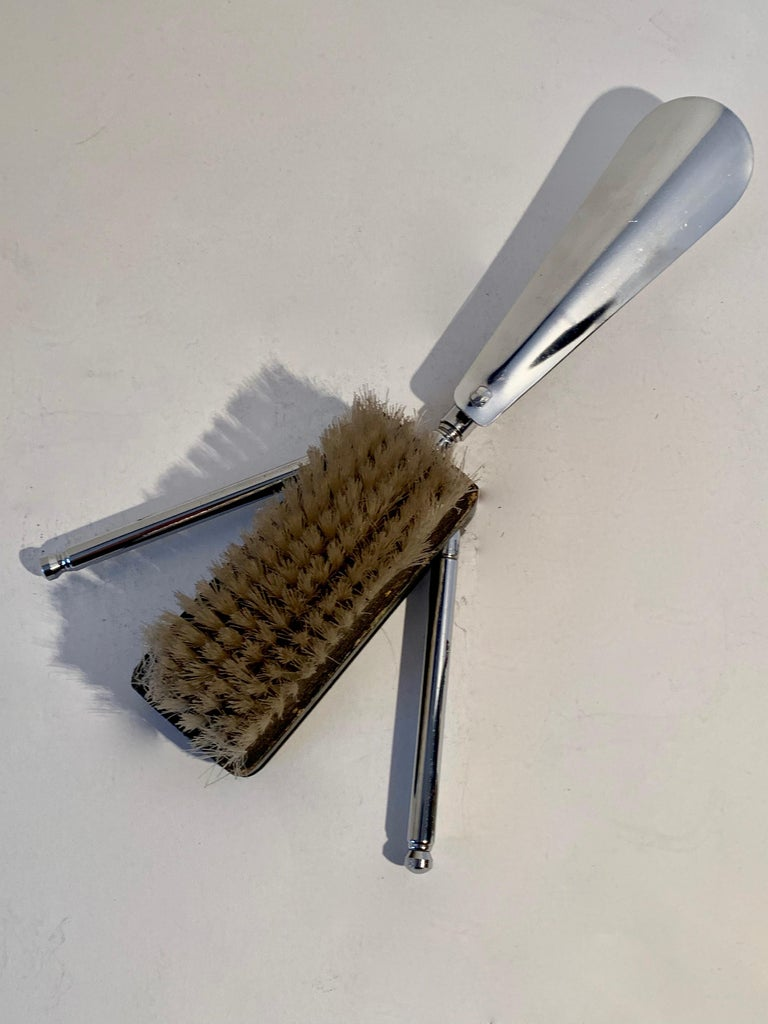 Expandable Suit or Equine Boot Brush and Shoe Horn In Good Condition For Sale In Los Angeles, CA