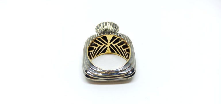 Round Cut Experience Thin Air Zone with Brown Diamond Yellow Gold Fashion Ring For Sale