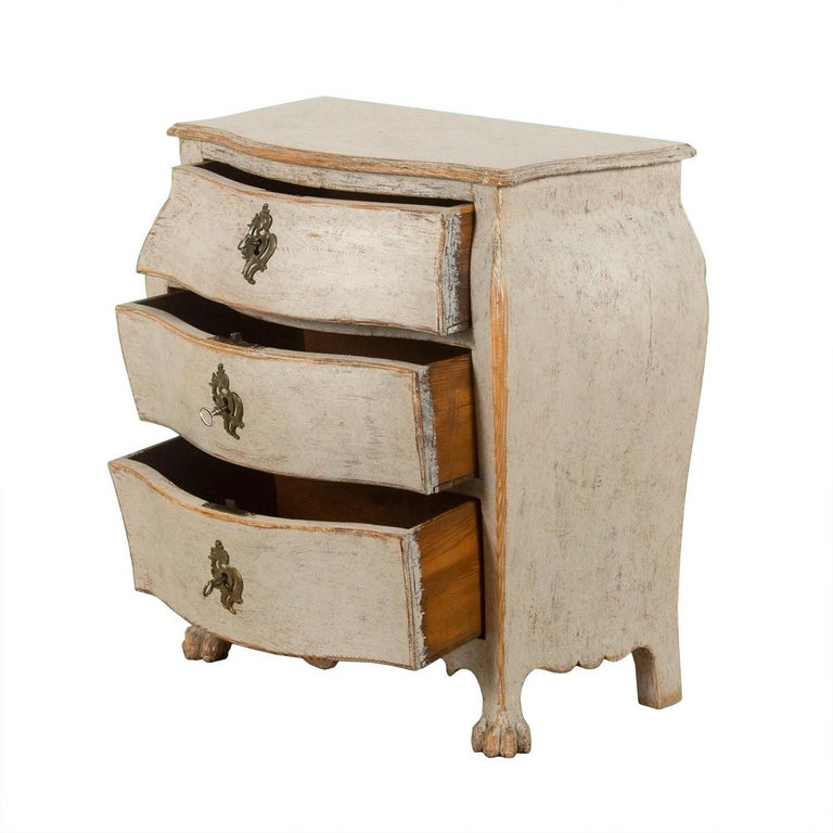 Rococo Exquisite 18th Century Rocco Commode For Sale