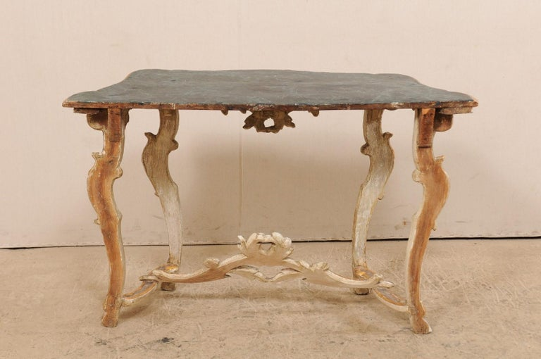 Exquisite 19th Century Italian Carved and Giltwood Console Table For Sale 8