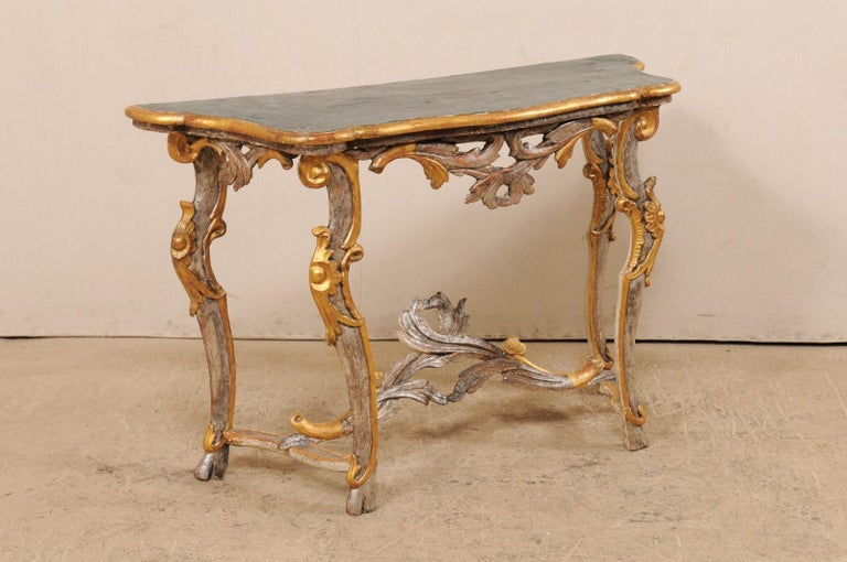 Exquisite 19th Century Italian Carved and Giltwood Console Table In Good Condition For Sale In Atlanta, GA