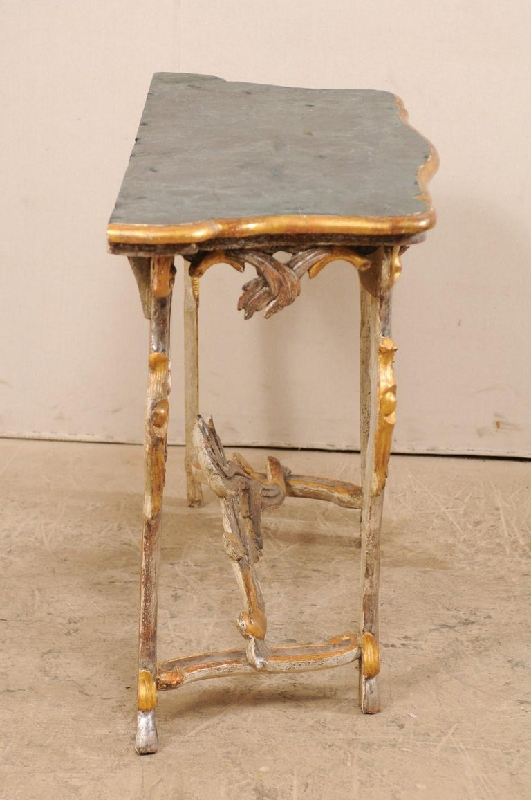 Exquisite 19th Century Italian Carved and Giltwood Console Table For Sale 3