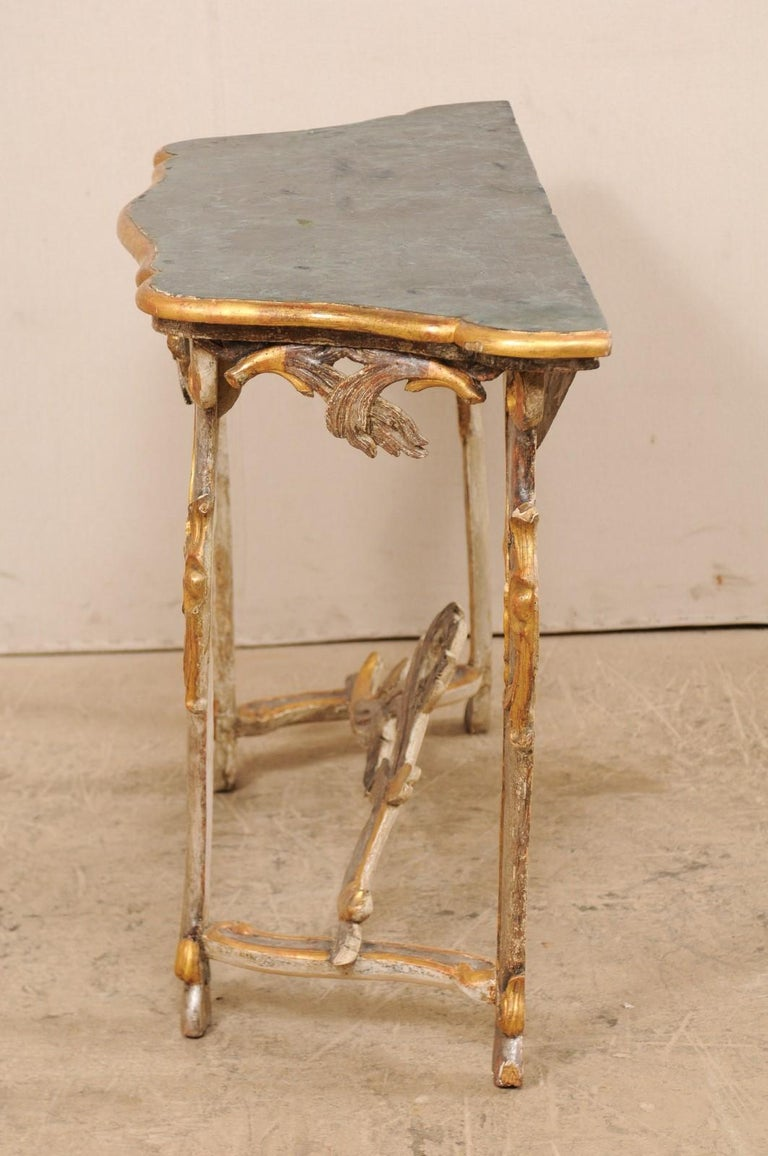 Exquisite 19th Century Italian Carved and Giltwood Console Table For Sale 4