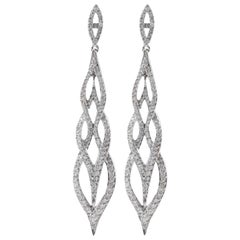 Exquisite 2.62 Carat Natural Diamond 18 Karat Solid White Gold Earrings
