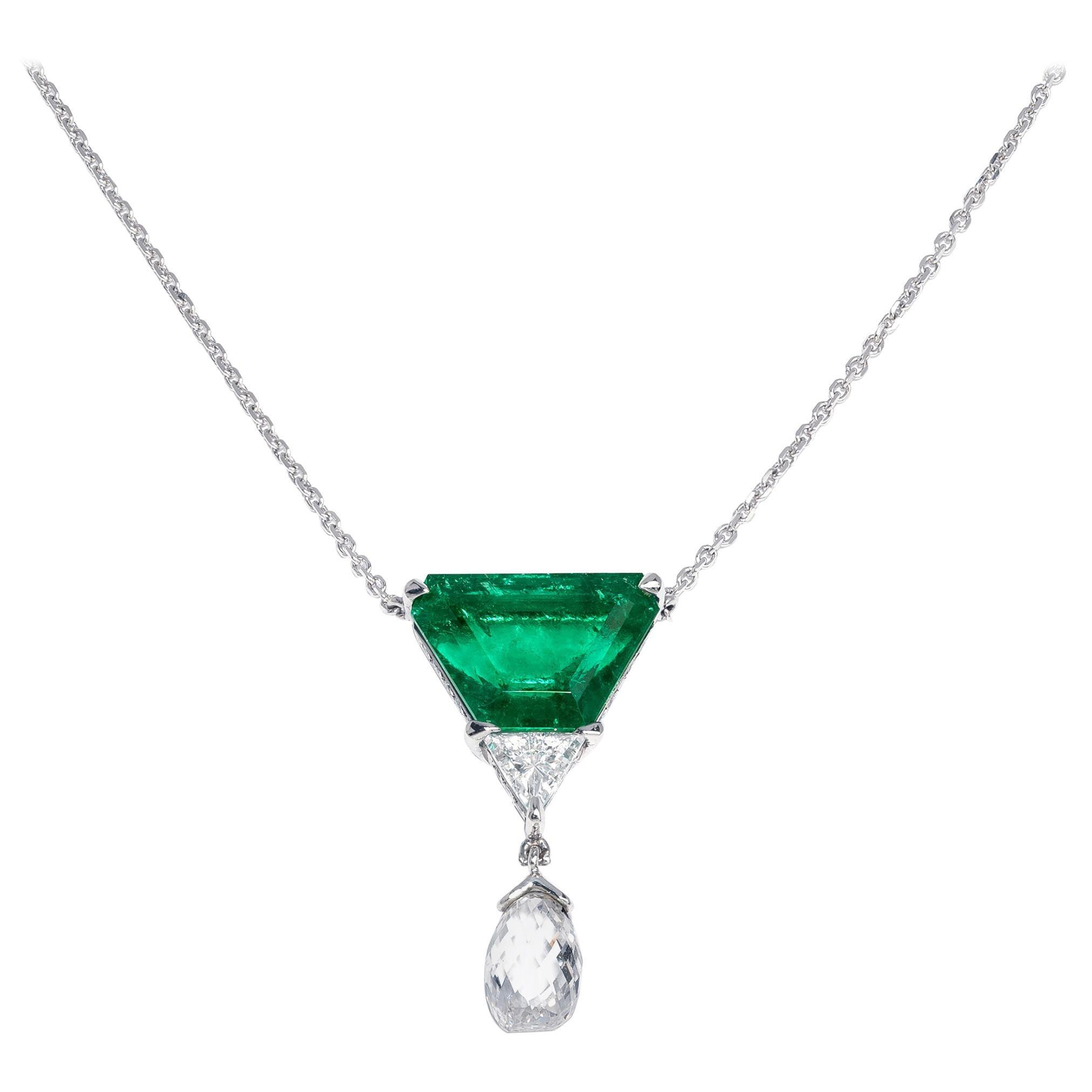 Exquisite 3 Carat Colombian Emerald and Diamond Platinum Necklace