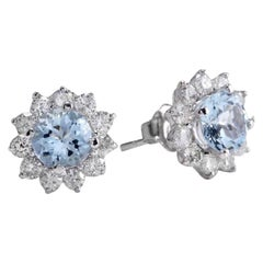 Exquisite 3.25 Carat Natural Aquamarine and Diamond 14K Solid White Gold Stud