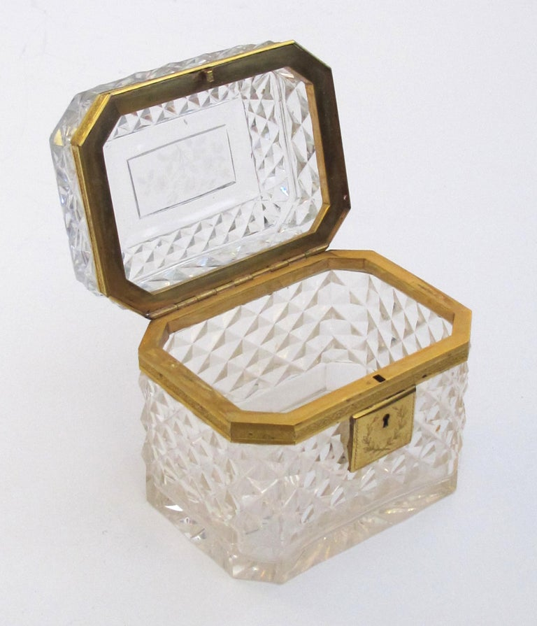 Early 20th Century Exquisite Antique Baccarat Diamond-Cut Crystal Vanity Box For Sale