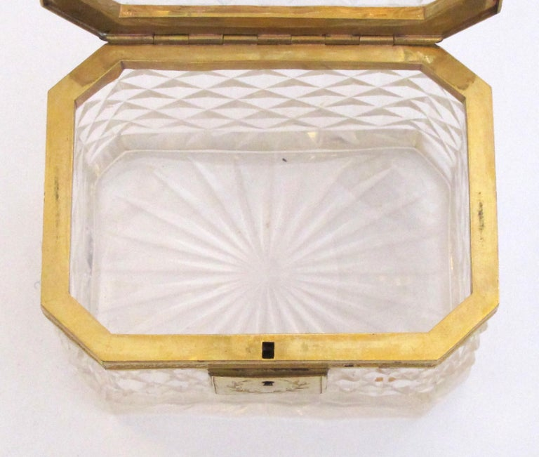 Exquisite Antique Baccarat Diamond-Cut Crystal Vanity Box For Sale 1