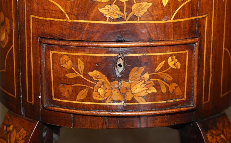 Hand-Crafted Exquisite Antique circa 1800 Dutch Inlaid Wine Cooler Bucket Claw & Ball Feet For Sale