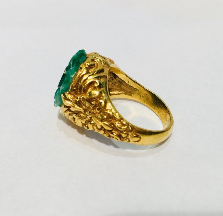 Exquisite Art Deco 12 Carat Jade Carved Flower Apple Green Jade 22 Karat Ring For Sale 8