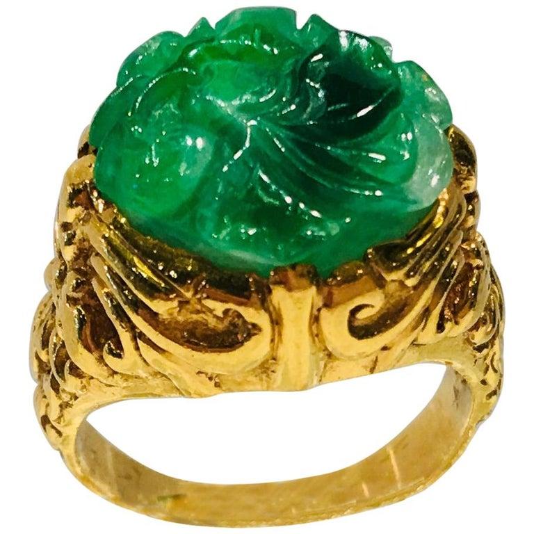 Exquisite Art Deco 12 Carat Jade Carved Flower Apple Green Jade 22 Karat Ring For Sale