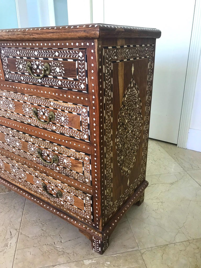 Exquisite Chest of Drawers with Bone Inlays and Marquetry Designs, 1970s In Good Condition For Sale In Miami, FL