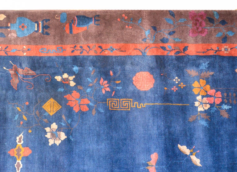 Exquisite Chinese Art Deco Rug In Good Condition For Sale In Chicago, IL